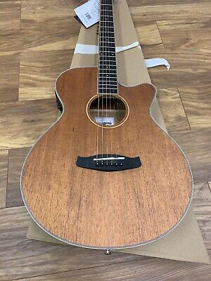 Tangle-wood TWU SFCE Acoustic Guitar • 175£