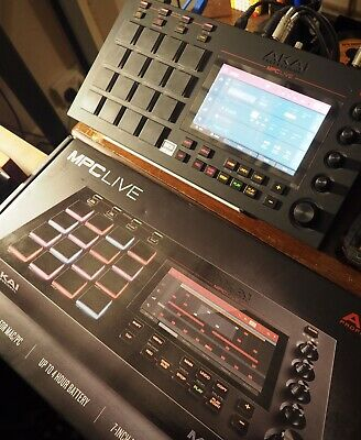 Akai MPC Live Sampler/Sequencer/Ableton - Mint Condition - CASH COLLECTION ONLY • 670£