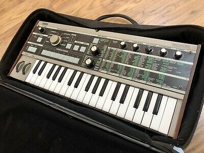 Korg Microkorg  Synthesizer With Carry Case • 200£