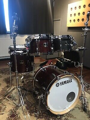 Gretsch Renown Maple Drum Kit with Cases