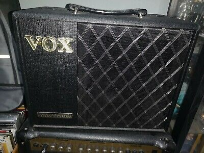 Vox VT20X Valvetronix Modelling Guitar Amplifier With VFS5 Footswitch • 149.99£