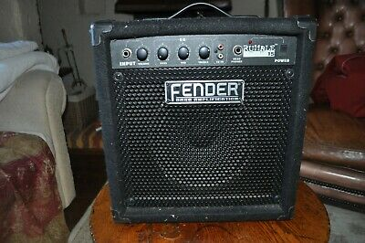 Fender Electric Guitar Amplifier Rumble 15  • 60£