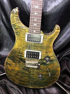 PRS electric guitar in Obsidian