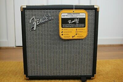 Fender Rumble 15 Combo (V3) • 65£