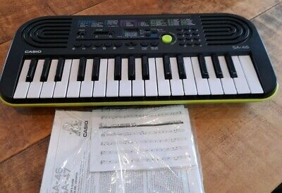 CASIO SA-46 32 Note Mini Keys Keyboard 50 Rhythms 100 Tones Lime Green Working • 34.99£