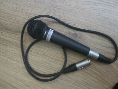 Behringer Ultra Voice XM8500 Professional Microphone & Lead  • 20£