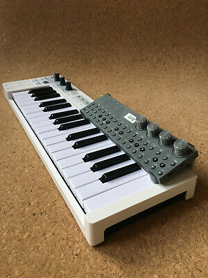 Teenage Engineering OP–Z Tilted Stand For Arturia Keystep • 6.50£