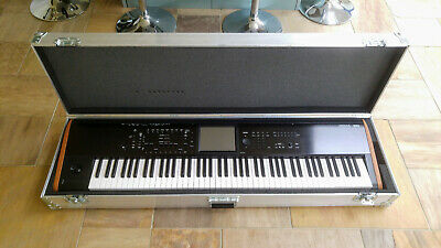 Korg Kronos 2 88 Key, With Flightcase, Fantastic Condition • 2,499£
