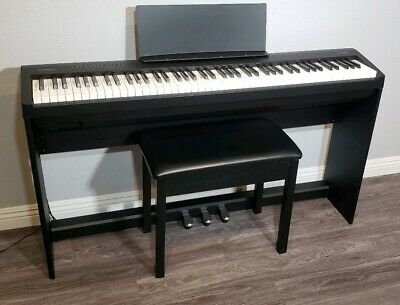 Roland FP-30 Digital Piano - Black - With Furniture Stand, 3 Pedals, And Bench • 497.40£