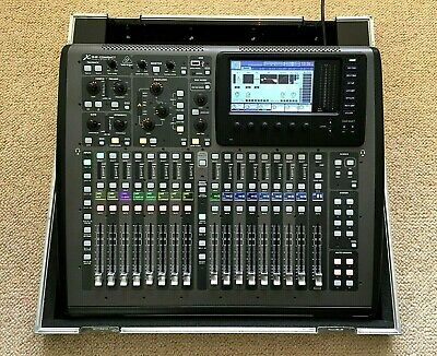Behringer X32 Compact Digital Mixer+ Custom Flight Case. Immaculate Condition • 1,100£