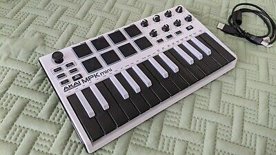 Akai Mini MkII 25 Keys Keyboard Synthesizer - WHITE Special - Keyboard+Cord Only • 73.63£