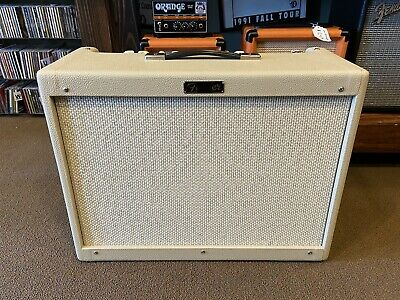 Fender  Hot Rod Deluxe IV 40W Electric Guitar Amplifier - Cream • 860.76£