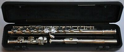 Yamaha YFL212 Student Flute With Hard Case - In Pristine Condition & Guaranteed • 385£