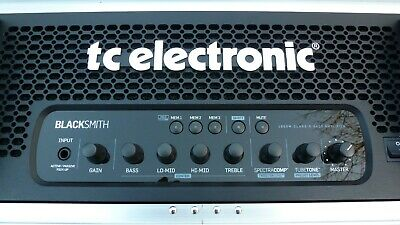 TC Electronic 'BLACKSMITH', Bass Amp In Flight Case With RC4 Pedal Switch. MINT • 850£
