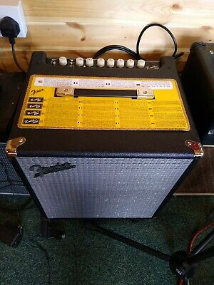 Fender Rumble 100 Perfect Condition • 225£