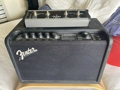 Fender Mustang GT40 And Foot Pedal • 120£