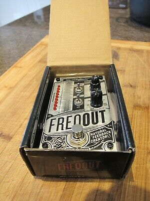 Digitech Freqout Natural Feedback Creator • 72£