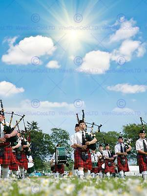 Photo Cultural Pipe Band Marching Sunshine Scotland Art Print Poster Mp3915b • 9£