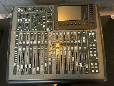 Behringer X32 Compact MINT CONDITION • 895£