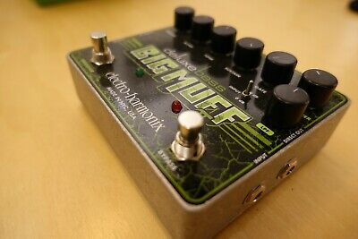 Electro-Harmonix Deluxe Bass Big Muff Pi Pedal (Boxed) • 95£
