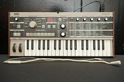 Korg MicroKorg Small Portable Analogue Modelling Synthesiser Vocoder W/ Mic • 330.40£