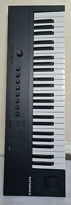 Native Instruments Komplete Kontrol A49 Keyboard Controller boxed w/dust cover