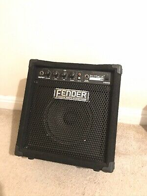 Fender RUMBLE 15 Practice Bass Amp • 35£