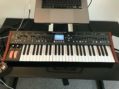 Behringer Deepmind 12 Analogue Synth • 360£