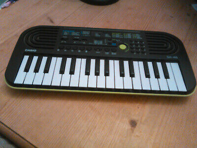 CASIO SA-46 Compact KEYBOARD Good Working Condition, Green And Black • 25£