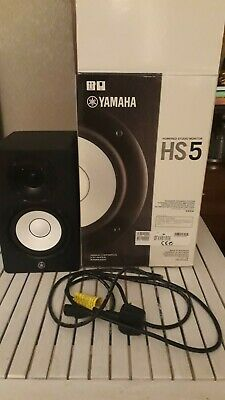 Yamaha Hs5 1 Powered Speaker With Box And Lead. • 95£