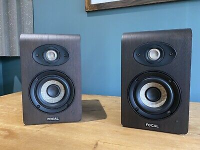 Focal Shape 40 Speakers (Pair) Mint Condition, Very Little Use • 460£