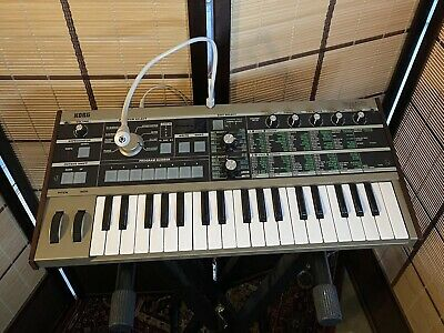 Korg Microkorg Synthesizer + Microphone + Power Supply - Great Condition - Synth • 81£
