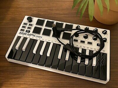 Akai MPK Mini Mk2 Midi USB Controller Keyboard - Limited Edition • 28£