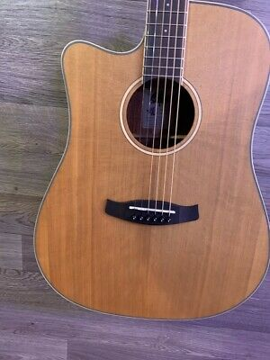 Tanglewood TW10 E  Dreadnought Cutaway Electro Acoustic Guitar + Case L/ H • 229£