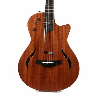 Taylor T5z Classic Acoustic-Electric Hybrid Guitar • 1,441.34£
