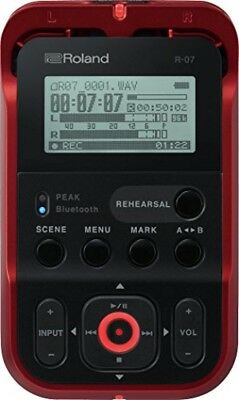 2018 NEW Roland Linear PCM Recorder (red) With External SD Card Slot R-07-RD • 197.42£