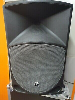 Two Mackie Thump15A 15 Inch Powered Speaker And 18 Inch Powered Subwoofer  • 1,149£