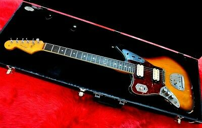 Fender Kurt Cobain Jaguar Left-Handed, Raod Worn,3-Color Sunburst With Hard Case • 1,859.86£