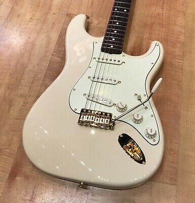 Fender Limited Edition Traditional '60s Daybreak Stratocaster Electric Guitar • 725.83£