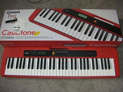 Casio CT-S200 RD - Immaculate Condition - 61 Keys - Dance Music - Boxed  !!!!! • 99£