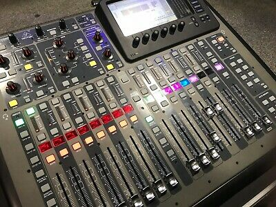 Behringer X32 Compact, Flight Case And XLive Card. • 1,200£