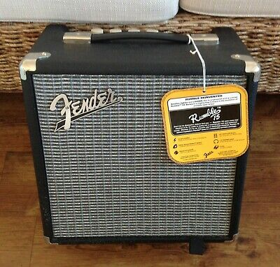 Fender Rumble 15 Bass Guitar Combo Amplifier • 55£