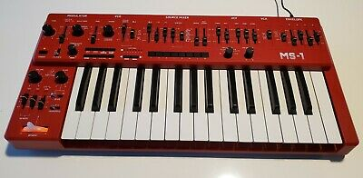 Behringer MS-101 Analog Synthesizer With Live Performance Kit - Red • 215.06£