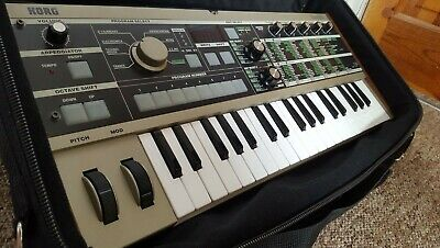 Korg MicroKORG Synthesizer/vocoder With Gator Carry Case - Used, Great Condition • 104£