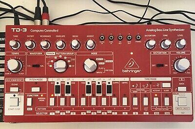 Behringer TD-3 Analog Bass Line Synthesizer - Red • 90£