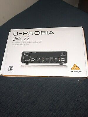 Behringer U-phoria UMC22 And Stagg 3m Microphone Cable  • 38£