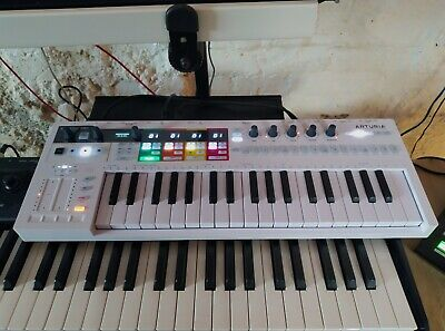 Arturia Keystep Pro, White MIDI Controller Keyboard, Sequencer, Boxed. • 285£