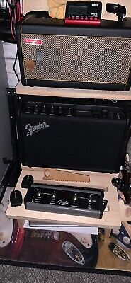 Fender Mustang Gt40 In Excellent Condition With New Foot Pedal • 170£
