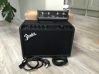 Fender Mustang GT40 including MGT4 Footswitch
