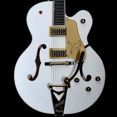 Gretsch G6136T Players Edition Falcon W/ Bigsby, White • 3,299£